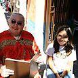 Layla y Tere leyendo poemas de Monarcas - Foto Luis Miranda