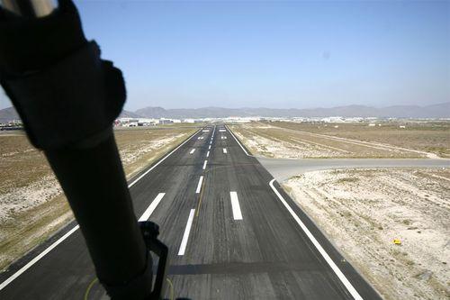 Aterrizaje en Saltillo - Foto Vico Gutiérrez
